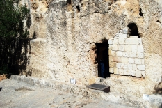 459a (Tom) Garden Tomb1