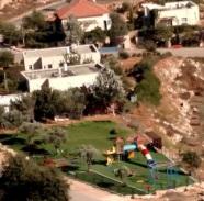 2017-0907 Jewish Village in WB